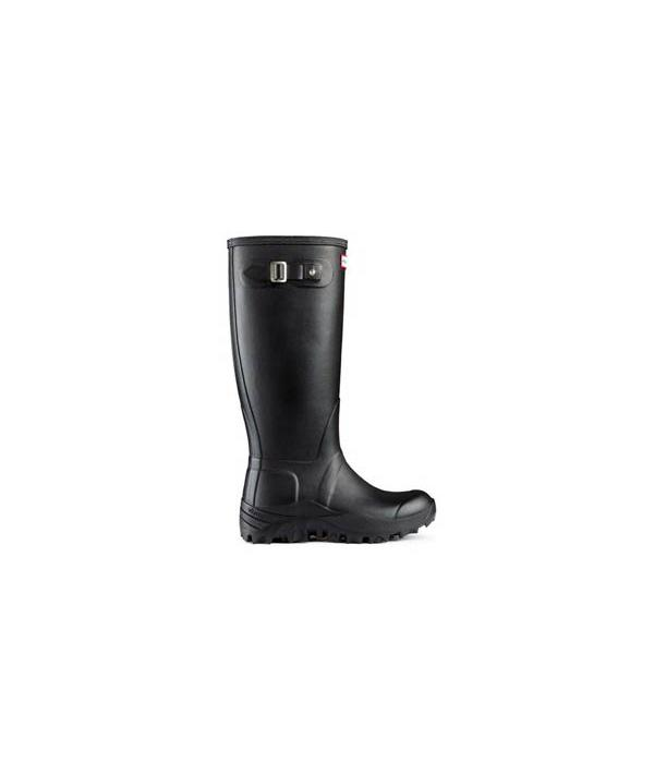"<b>2. <a target=""_blank"" href=""http://www.hunter-boot.com/original-tall-snow/black "">Hunter Original Tall Snow</a> £99 </b><br><br>Pair with these matching Hunter Original Tall Snow wellies, which encompass all the waterproof elements of the signature Hunter to keep you warm and dry.<br><br>Plus, they also boast a thick neoprene lining for warmth."