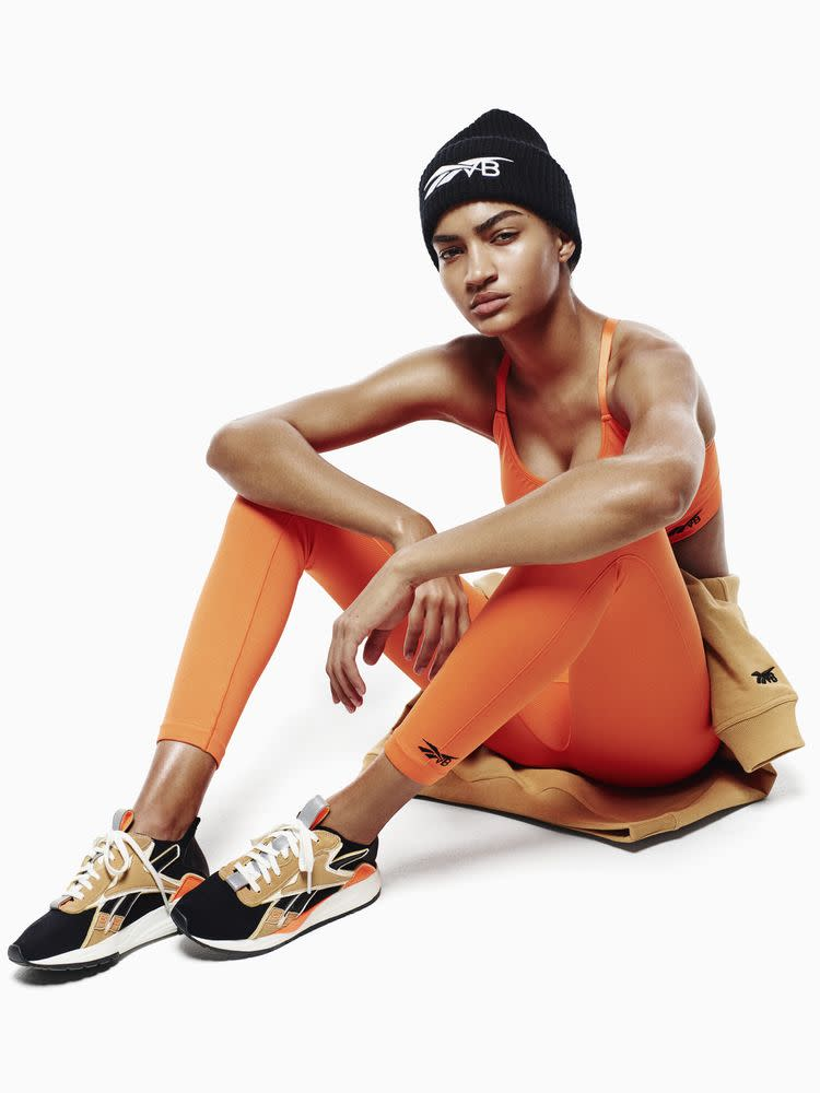 a55cc347249cc7 Victoria Beckham Is the New Queen of Athleisure Thanks to Her Hot ...