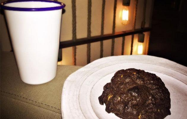 Ryan made it up to Blake with cookies and milk. Aww. Photo: Instagram/blakelively