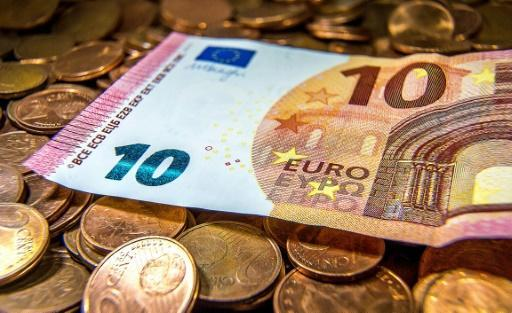 <p>Bank of France urges end to euro reform 'trench warfare'</p>