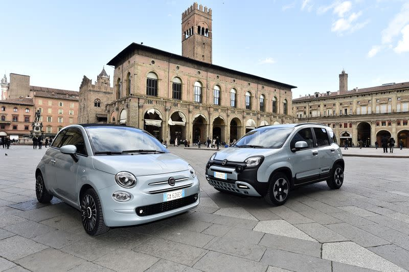 FILE PHOTO: FILE PHOTO: Fiat Chrysler presents mild-hybrid versions of its 500 and Panda models