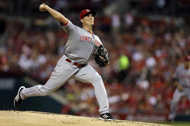 Cincinnati Reds starting pitcher Homer Bailey throws during the first inning of a baseball game against the St. Louis Cardinals Wednesday, Aug. 28, 2013, in St. Louis. (AP Photo/Jeff Roberson)