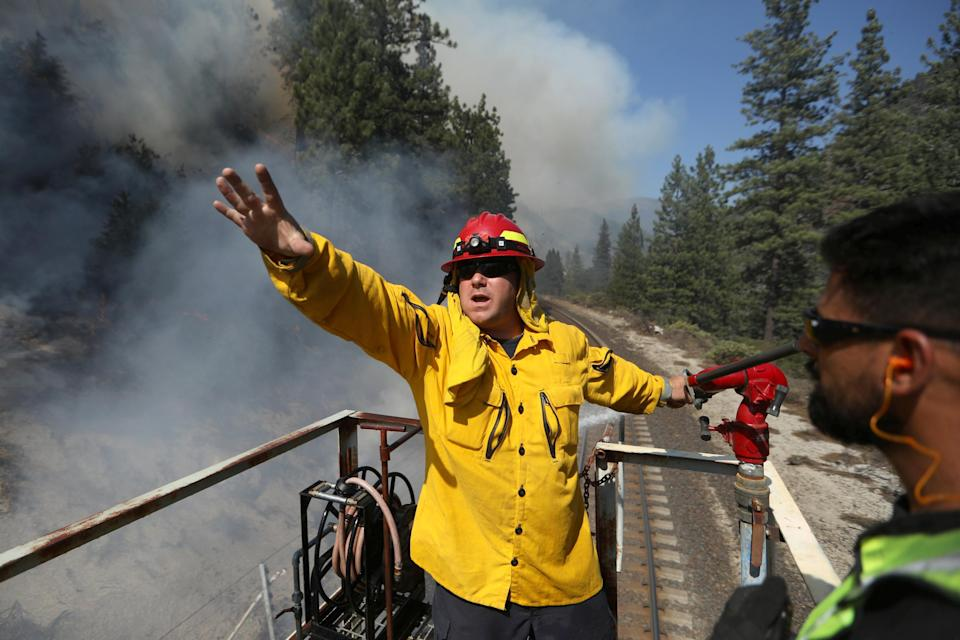 Image: Dixie Fire in Plumas National Forest (David Swanson / Reuters)