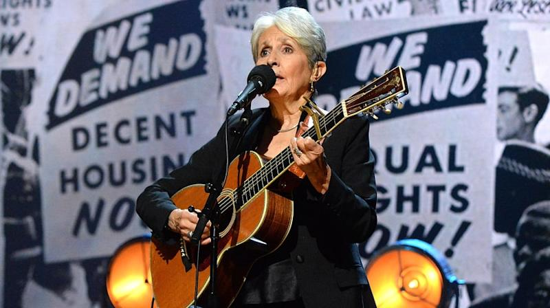 Watch Joan Baez Perform Thrilling 'Swing Low, Sweet Chariot' at Rock Hall of Fame