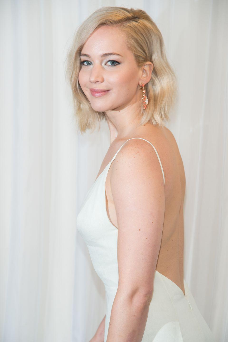"""<p>Fans were treated to one of Jennifer's candid moments when she shared her favorite kitchen creation: The Chili Pizza Sandwich. """"A piece of pizza and you put chili in it—like Southern chili, with noodles—and then you put another piece of pizza, and then you eat it like a sandwich,"""" the actress told <a href=""""https://www.glamour.com/story/jennifer-lawrence-cover"""" rel=""""nofollow noopener"""" target=""""_blank"""" data-ylk=""""slk:Glamour"""" class=""""link rapid-noclick-resp""""><em>Glamour</em></a>.</p>"""