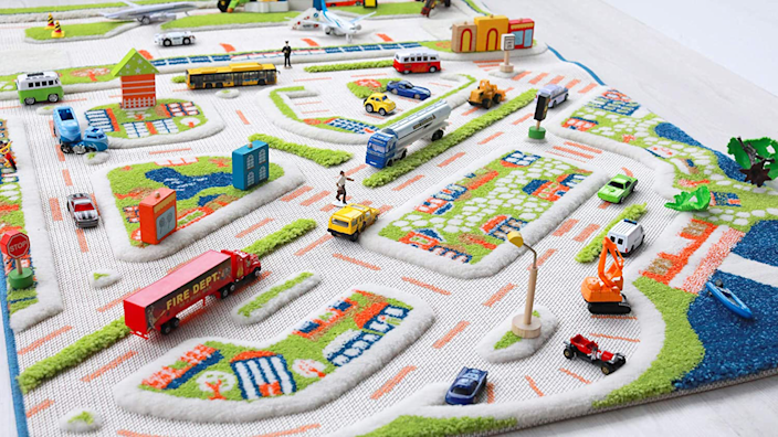 Gifts for kids: IVI 3D Play Carpet