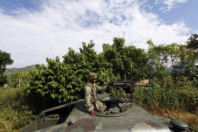 A soldier patrols the border area between the states of Jalisco and Nayarit, in Magdalena, on September 27, 2012