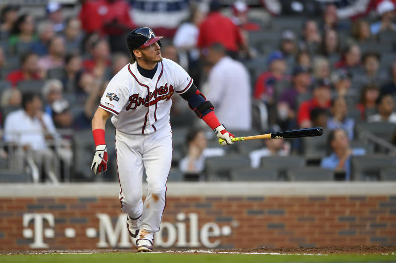 AP source: Twins, 3B Donaldson agree to $92M, 4-year deal