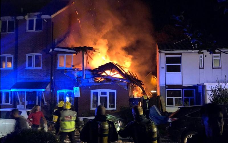 Fire rips through London flat after suspected gas explosion - Rahman Alanezi