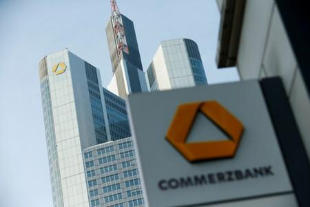 Commerzbank cuts end-2019 Brent forecast by $5 on trade, demand woes