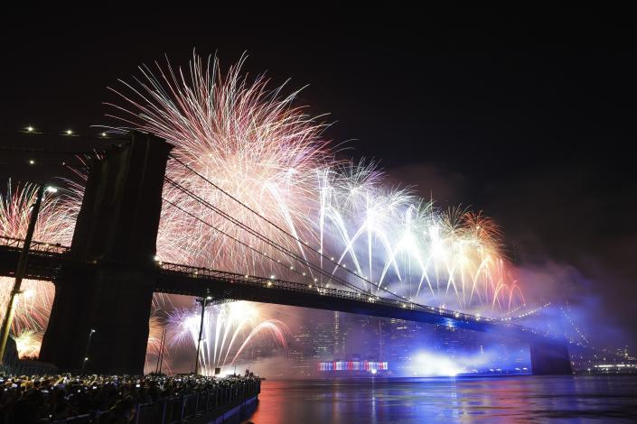 Fireworks light up the sky above the Brooklyn Bridge during Macy's Fourth of July fireworks show, July 4, 2019, in New York. (Photo: Frank Franklin II/AP)