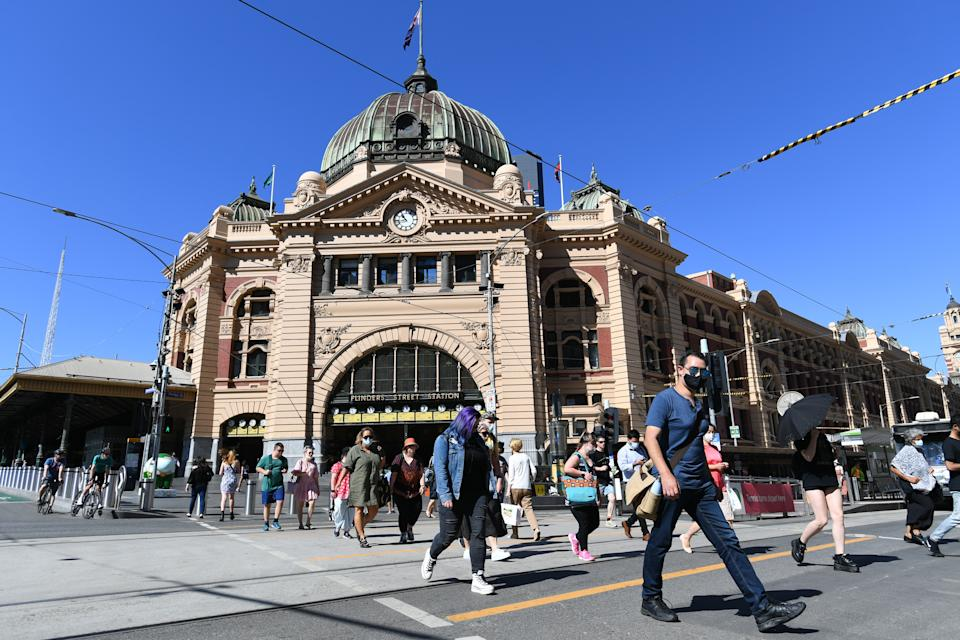 AFL fans departing Flinders Street station on Friday night could have been exposed to the virus. Source: AAP