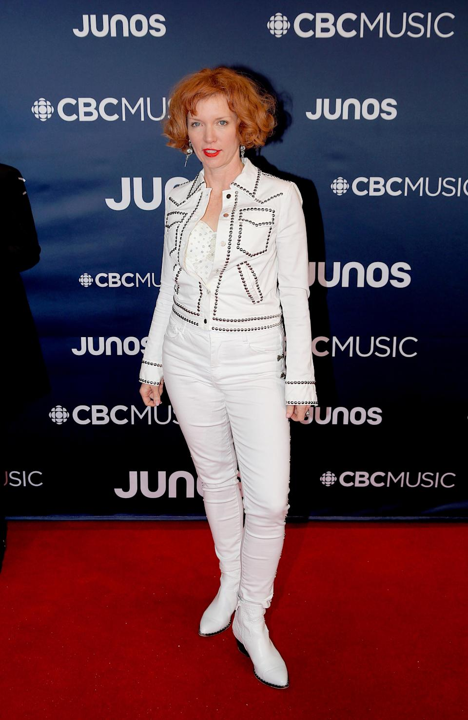 <p>The Canadian blues singer channelled her inner country star on the red carpet. </p>