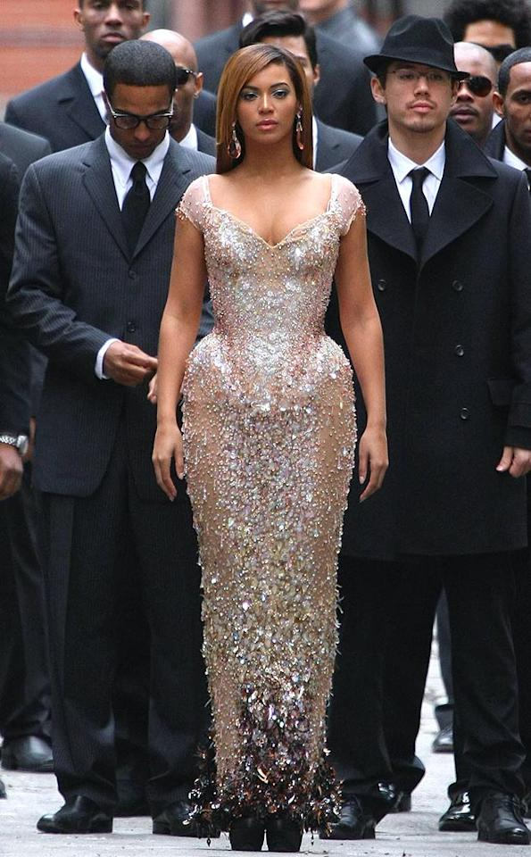 """Beyonce accentuated her curves in an unflattering Thierry Mugler monstrosity during a music video shoot in Tribeca. Bootylicious? Not so much. <a href=""""http://www.pacificcoastnews.com/"""" target=""""new"""">PacificCoastNews.com</a> - March 8, 2009"""