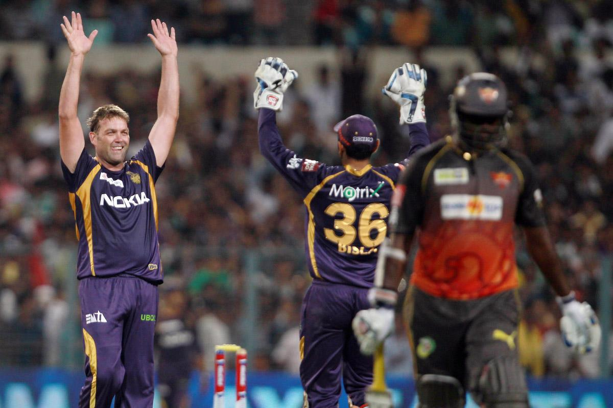 Jacques Kallis celebrates the wicket of Tisara Perera during match 17 of the Pepsi Indian Premier League between The Kolkata Knight Riders and the Sunrisers Hyderabad held at the Eden Gardens Stadium in Kolkata on the 14th April 2013. Photo by Jacques Rossouw-IPL-SPORTZPICS ..Use of this image is subject to the terms and conditions as outlined by the BCCI. These terms can be found by following this link:..https://ec.yimg.com/ec?url=http%3a%2f%2fwww.sportzpics.co.za%2fimage%2fI0000SoRagM2cIEc&t=1493110701&sig=xzn8geF5X5PHijmbpjH8lw--~C