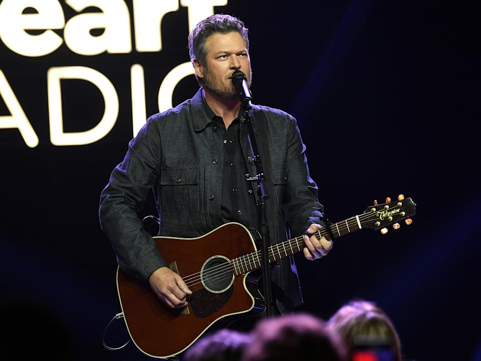 Blake Shelton performs on 12 December 2019 in Burbank, California (Kevin Winter/Getty Images for iHeart)