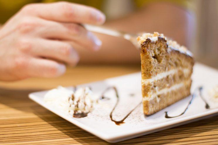 Craving cake? [Photo: Adrianna Calvo via Pexels]