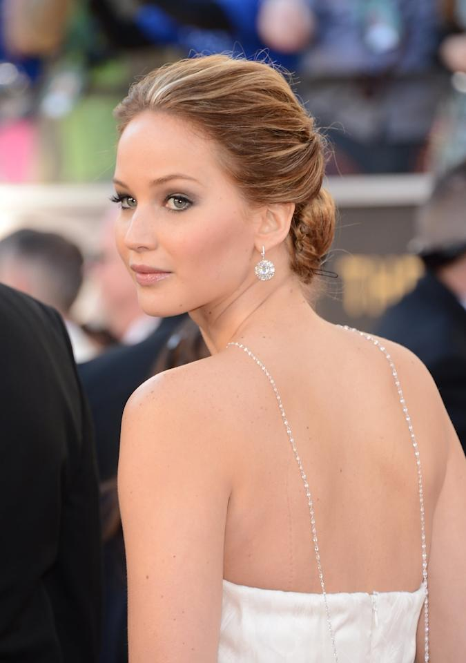 <p>The year Jennifer wore that hugely stunning Dior Haute Couture gown, she paired it with a ton of Chopard diamonds. While her earrings and ring were stunning, the centerpiece - a 74-carat strand of 150 diamond beads - made it all come together. Best of all, she wore the necklace backward so the diamonds were dripping down her back for extra drama.</p>