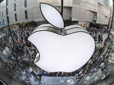 Apple to invest $30 bn on a second campus, hire 20,000 people and spend $350 bn in the US over the next five years