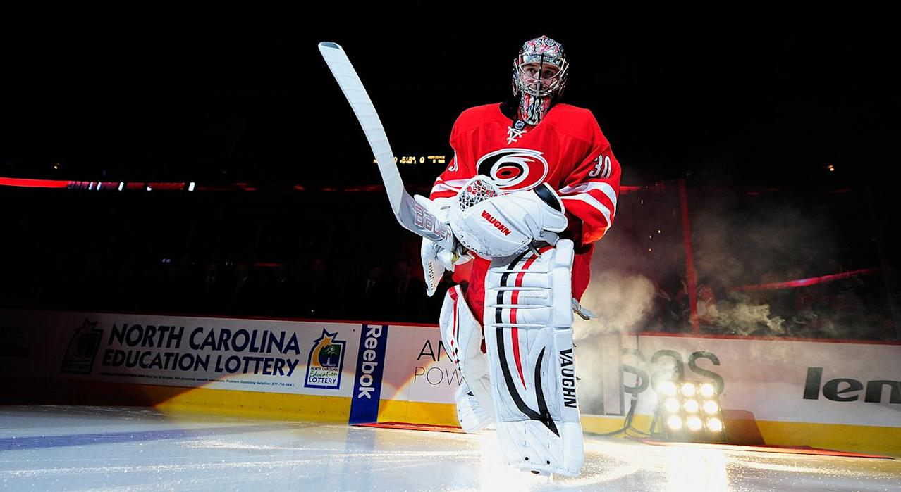 Cam Ward retires after signing one-day contract with Hurricanes