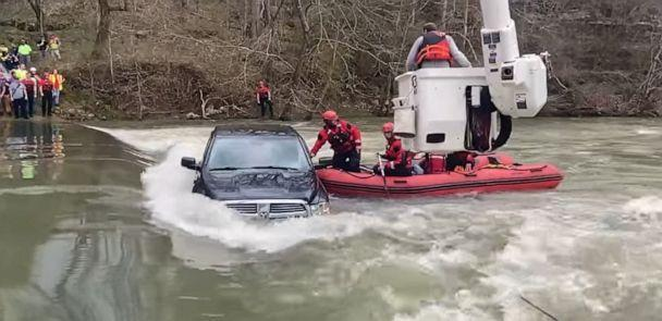PHOTO: DeKalb County Fire Department and the Smithville-DeKalb County Rescue Squad rescue 5 people who were trapped in a truck that slid off a water-covered bridge in Liberty, Ten., Feb. 28, 2021. (Dekalb County Fire Department/Facebook)