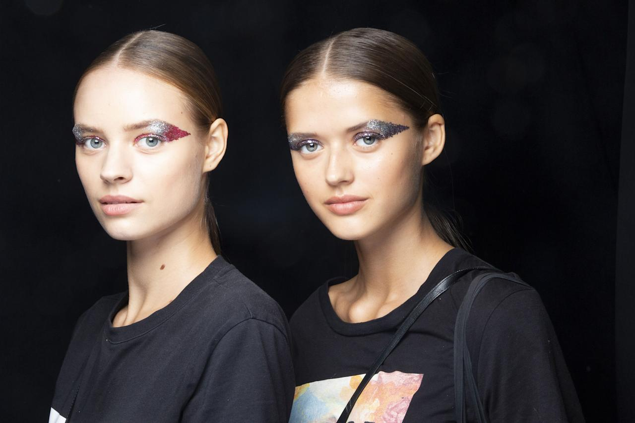 <p>Tracking the best makeup looks and trends from the spring 2019 runways. </p>