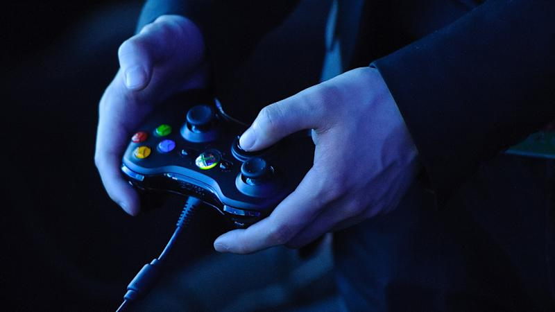 Esports gamers 'face same psychological pressures as professional athletes'