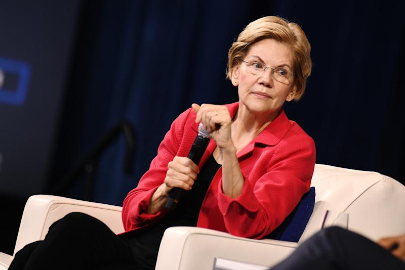 Warren Buys Facebook Ads That Claim Zuckerberg Backs Trump