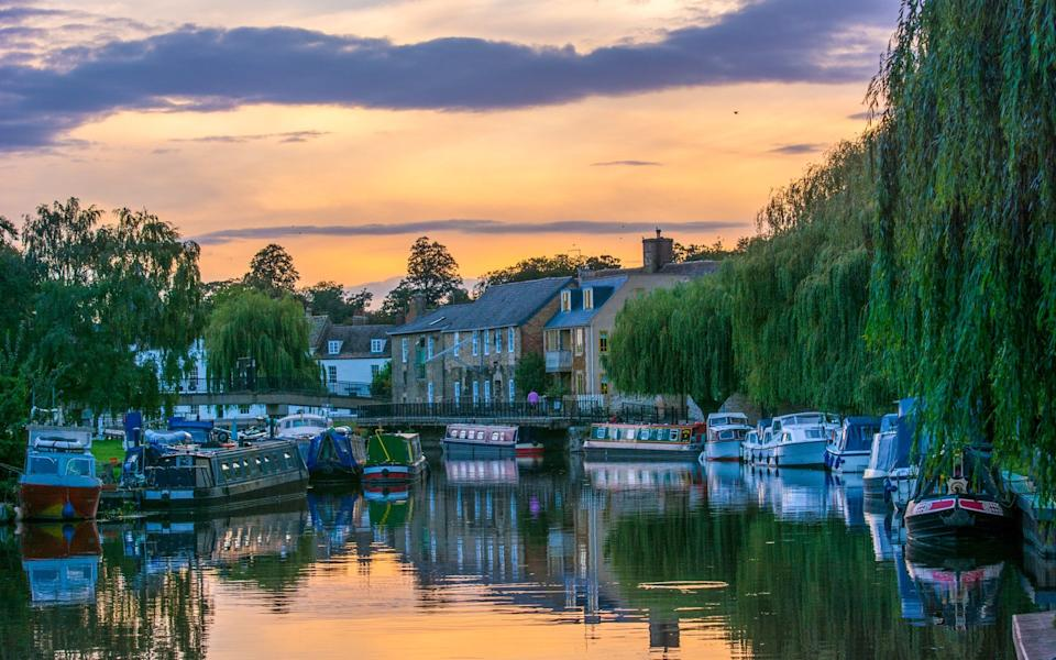 The setting sun by the River Great Ouse in Ely, Cambridgeshire  - Veronica Johansson