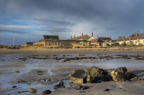 Beach Retreat on the wild Northumberland coastline (Cottages in Northumberland)