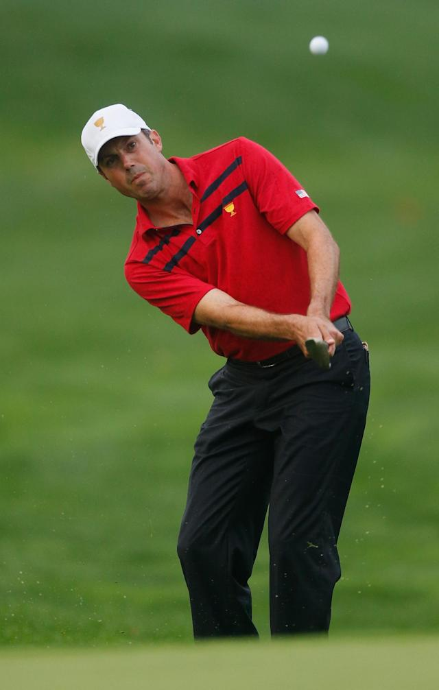 DUBLIN, OH - OCTOBER 05: Matt Kuchar of the U.S. Team chips on the seventh hole during the Day Three Foursome Matches at the Muirfield Village Golf Club on October 5, 2013 in Dublin, Ohio. (Photo by Gregory Shamus/Getty Images)