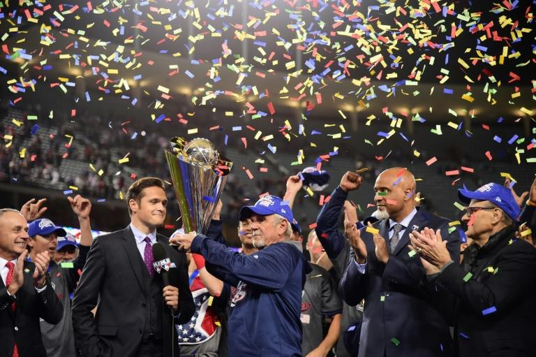 Jim Leyland, manager of team United States, accepts the trophy after their 8-0 win over team Puerto Rico in the 2017 World Baseball Classic