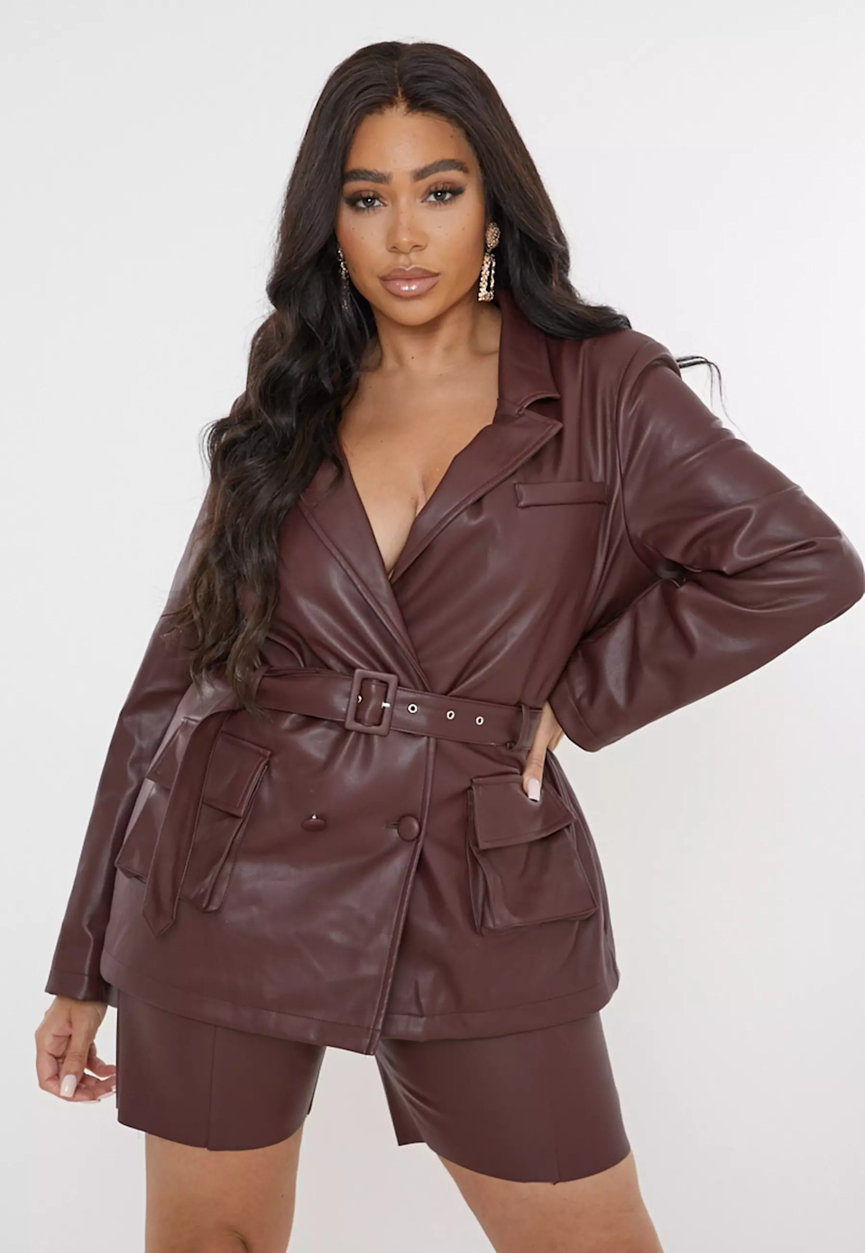 "<br><br><strong>Missguided</strong> Chocolate Co Ord Faux Leather Tailored Blazer, $, available at <a href=""https://go.skimresources.com/?id=30283X879131&url=https%3A%2F%2Ffave.co%2F3jtxvHS"" rel=""nofollow noopener"" target=""_blank"" data-ylk=""slk:Missguided"" class=""link rapid-noclick-resp"">Missguided</a>"
