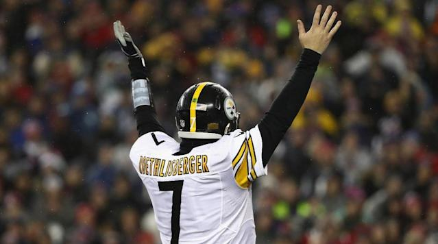After flirting with retirement, Ben Roethlisberger says he will play next season