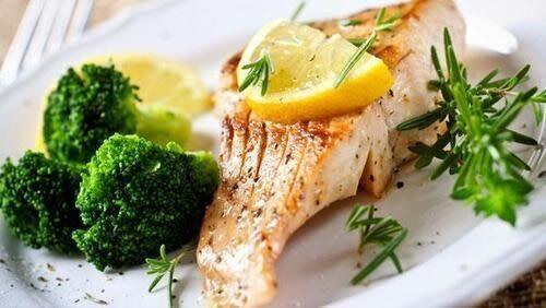 """<a href=""""https://fave.co/38Lshn8"""" rel=""""nofollow noopener"""" target=""""_blank"""" data-ylk=""""slk:Home Bistro"""" class=""""link rapid-noclick-resp"""">Home Bistro</a> prepares restaurant quality, gourmet meals like Pecorino Romano Turkey Kabobs and Chianti Braised Short Ribs and Vegetables. They offer a variety of dietary preferences like paleo, vegetarian, diabetic-friendly and heart healthy. All meals are freshly prepared, refrigerated for shipment and just need to be reheated.<br><br><strong>Pricing:</strong> Choose between individual meals starting at $14/serving or six-, seven- ten- and 20-meal combos starting at $102/combo ($17/serving) to $300/combo ($15/serving).<br><br><a href=""""https://fave.co/38Lshn8"""" rel=""""nofollow noopener"""" target=""""_blank"""" data-ylk=""""slk:Learn more about Home Bistro."""" class=""""link rapid-noclick-resp"""">Learn more about Home Bistro.</a>"""