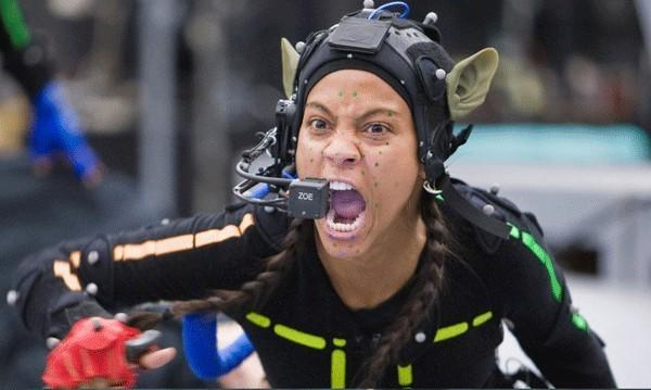 <p><span>Director James Cameron profusely praised his stars for their motion-capture performances in the highest-grossing film of all time. Here, you can get a sense of the vigorous energy Zoe Saldana brought to her role, along with those great prosthetic ears. (Fox)</span></p>