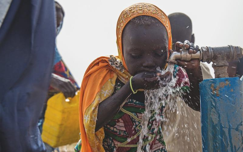 Children under five and 20 times more likely to die due to dirty water than direct conflict - © Notice: UNICEF photographs are copyrighted and may not be reproduced in any medium without written permission from authorized