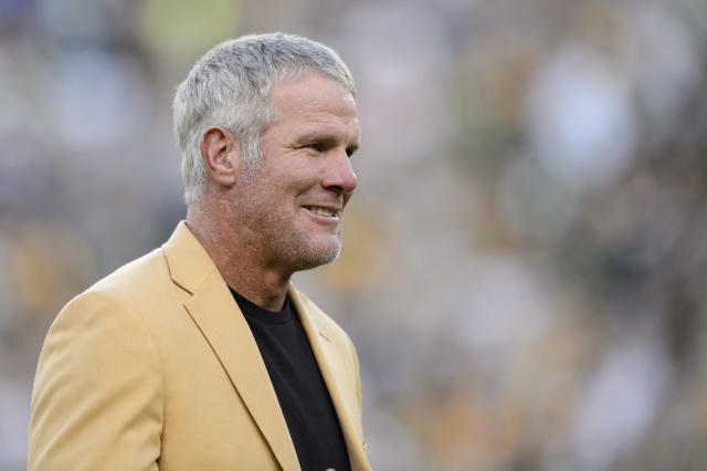 Brett Favre made everyone's Tuesday with an Instagram post saying he'd be back to play in the NFL in 2020. (Getty Images)