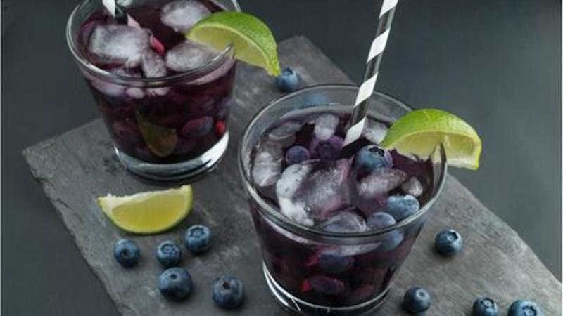 #HealthBytes: Five fat-cutter drinks to help you lose weight