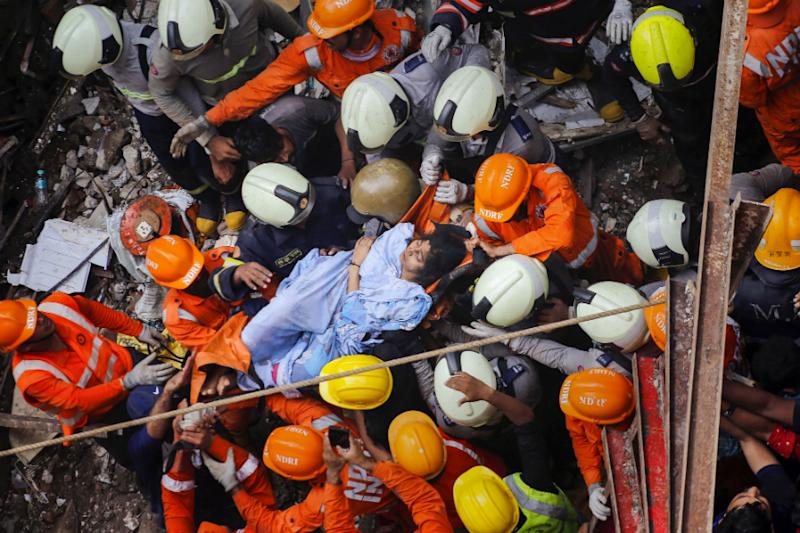 13 Killed, Nine Injured in Mumbai Building Collapse, Rescuers Race Against Time to Save Those Trapped