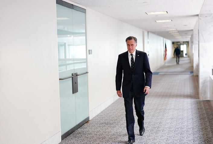 Sen. Mitt Romney thinks President Donald Trump is favored to win reelection. (Photo: MANDEL NGAN/AFP via Getty Images)