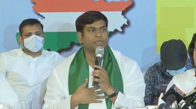 Bihar Assembly Elections 2020: Mukesh Sahni of Vikassheel Insaf Party Quits Mahagathbandhan in Live Press Conference; Watch Video