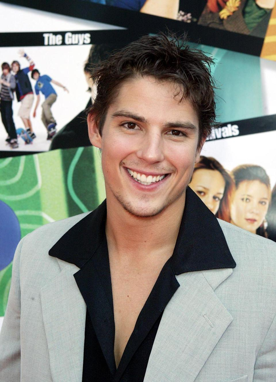 <p>The idea of a high school rising junior (senior?) who looks like Sean Faris circa 2004 having a crush on you when you were going to be a freshman in high school is next-level insane! But we ate it up in the movie <em>Sleepover.</em></p>