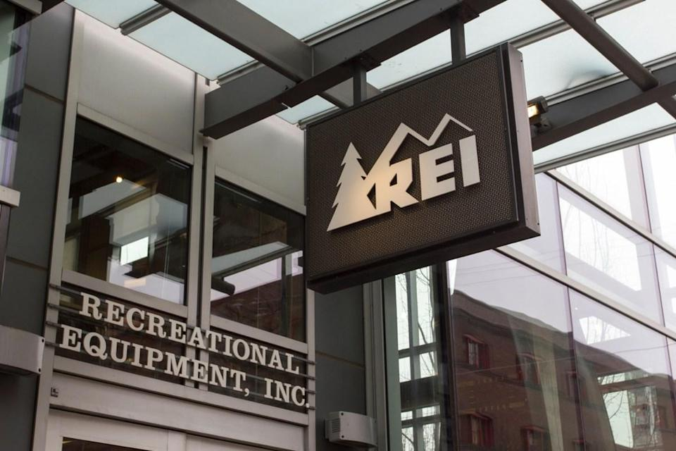 REI Store {Stores with Spring Markdowns}