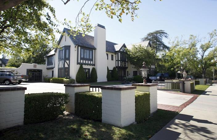"The Getty House in Windsor Square, L.A.'s official mayoral residence was the scene Saturday of protests calling on Mayor Eric Garcetti to cancel rents. Three people were arrested after an alleged battery on a police officer. <span class=""copyright"">(Allen J. Schaben / Los Angeles Times)</span>"