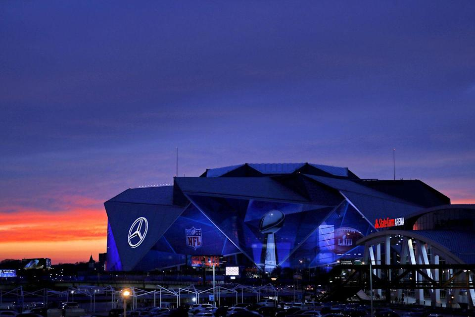 """<p>Stadium technology across the country has continued to evolve, but one of the most innovative was the 2017 opening of Mercedes-Benz Stadium. It has a <a href=""""https://www.hok.com/projects/view/mercedes-benz-stadium/"""" rel=""""nofollow noopener"""" target=""""_blank"""" data-ylk=""""slk:signature retractable roof"""" class=""""link rapid-noclick-resp"""">signature retractable roof</a>, featuring eight 220-foot-long """"petals"""" that appear to open and close akin to a camera aperture, but run in unison along linear tracks. Inside, the first<a href=""""https://mercedesbenzstadium.com/technology-video-displays/"""" rel=""""nofollow noopener"""" target=""""_blank"""" data-ylk=""""slk:360-degree halo videoboard"""" class=""""link rapid-noclick-resp""""> 360-degree halo videoboard</a> rings the entire stadium, a 58-foot-tall, 63,000-square-foot continuous screen.</p>"""