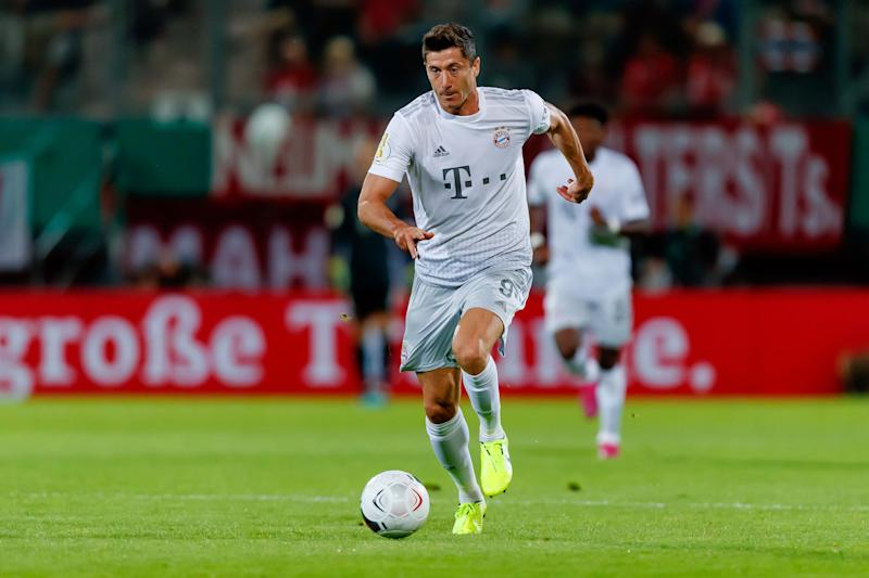 COTTBUS, GERMANY - AUGUST 12: Robert Lewandowski of FC Bayern Muenchen controls the ball during the DFB Cup first round match between Energie Cottbus and FC Bayern Muenchen at Stadion der Freundschaft on August 12, 2019 in Cottbus, Germany. (Photo by TF-Images/Getty Images)