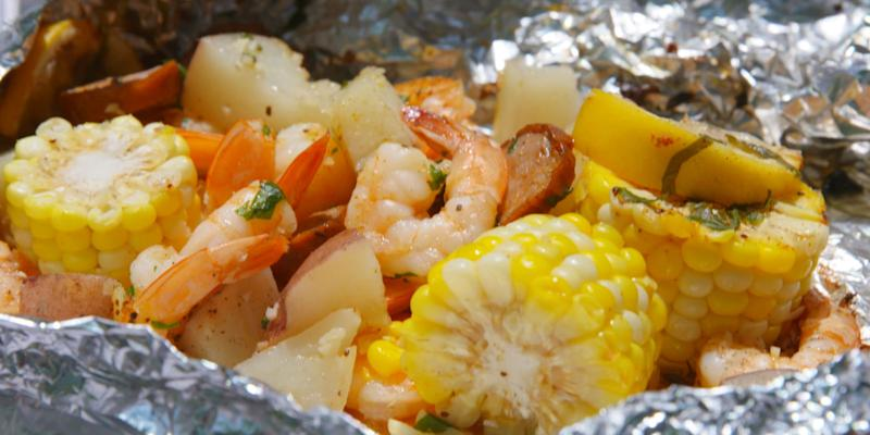 These Grilled Shrimp Foil Packs Are The Perfect Summer Weeknight ...