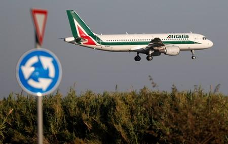 Italy's industry ministry open to any discussions on Alitalia, including with Atlantia