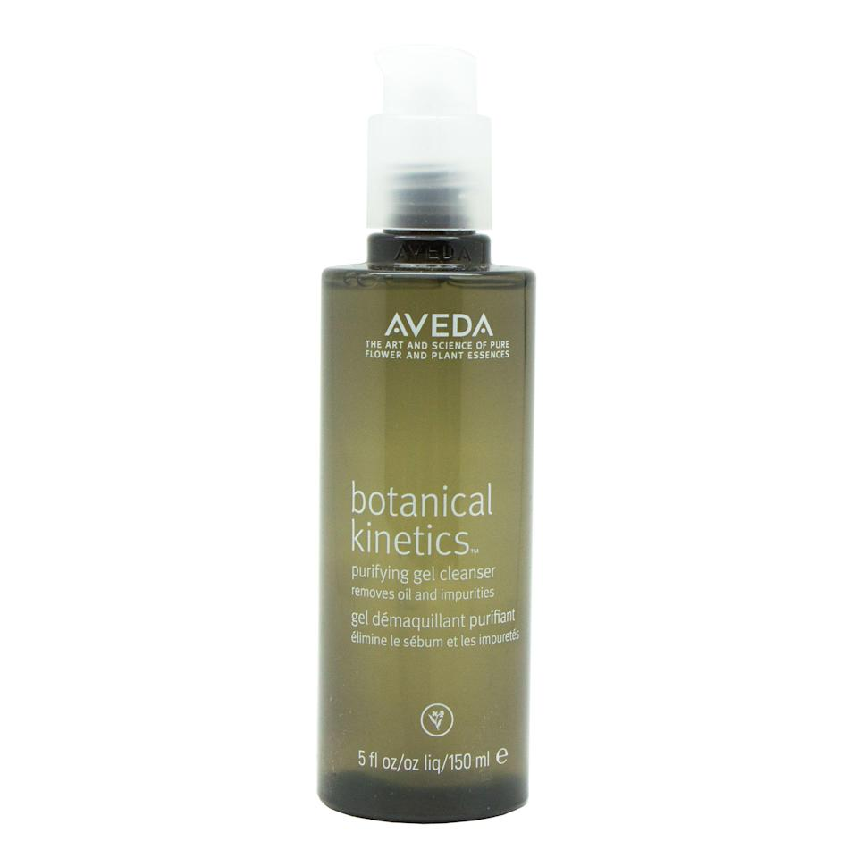 """<p><strong>Aveda</strong></p><p>walmart.com</p><p><strong>$23.47</strong></p><p><a href=""""https://go.redirectingat.com?id=74968X1596630&url=https%3A%2F%2Fwww.walmart.com%2Fip%2F142217811&sref=https%3A%2F%2Fwww.thepioneerwoman.com%2Fbeauty%2Fg34963365%2Fbest-gel-cleansers%2F"""" rel=""""nofollow noopener"""" target=""""_blank"""" data-ylk=""""slk:Shop Now"""" class=""""link rapid-noclick-resp"""">Shop Now</a></p><p>Ree uses this cleanser daily, and you can't blame her: Chamomile, lavender, and vitamin E soothe your skin and leave your face feeling refreshed. It's also a great transitional choice if you're switching from a foaming cleanser: The formula foams slightly when you apply it!</p>"""